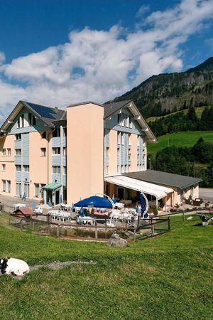 *Hotel Rischli