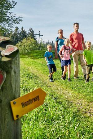 Zyberliland Romoos - der abenteuerliche Bärgmandli-Themenweg